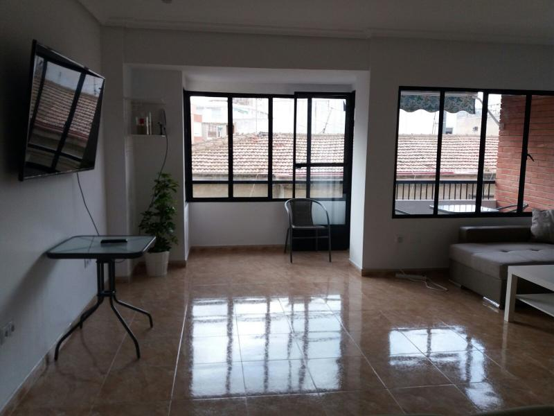 Spacious apartment in the heart of Alicante